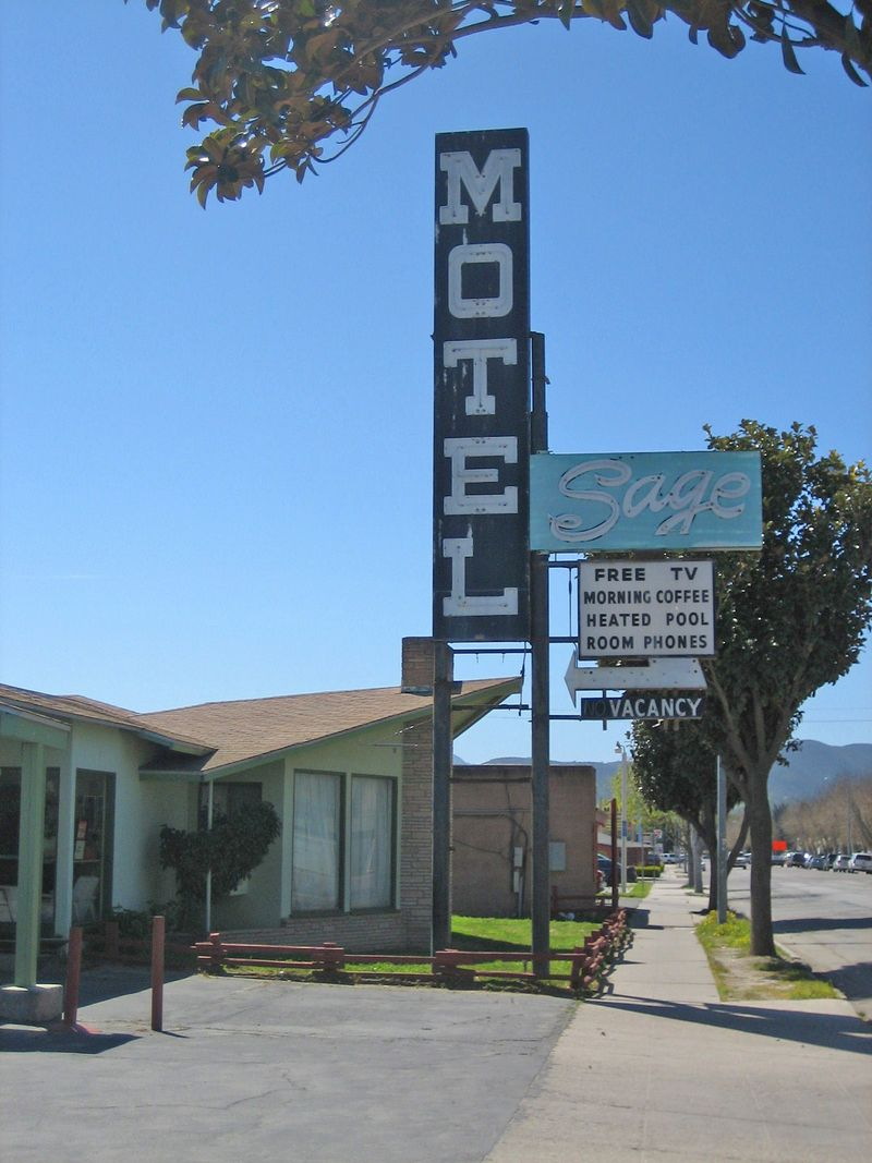 Googie motel