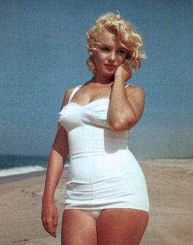 Marilyn_monroe_long_island_1956_2