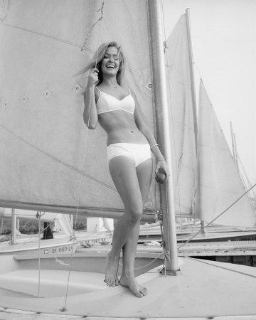 Farrahboat3