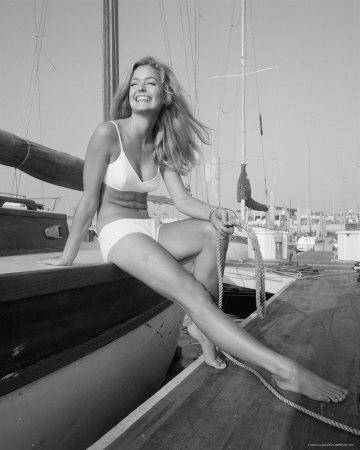 Farrahboat2
