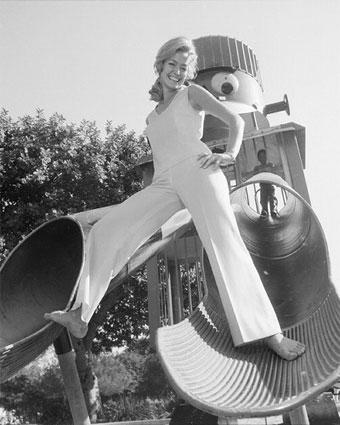 Farrah-fawcett-slide