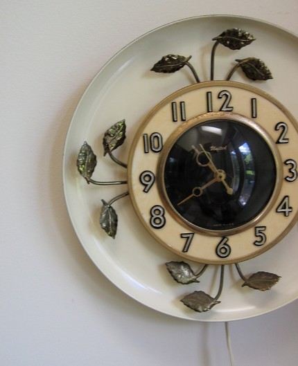 Clock-leaves