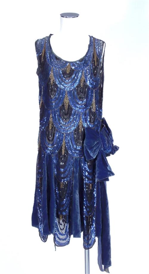 LH-20s-blue-dress